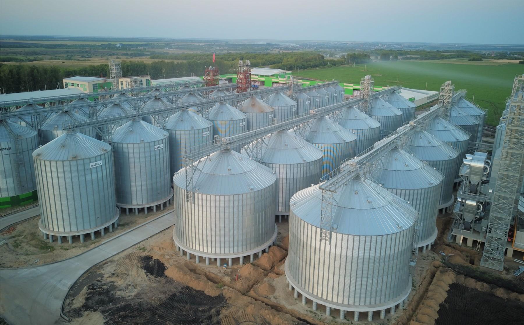 Качество зерна под контролем: где на Алтае купить надёжное элеваторное оборудование
