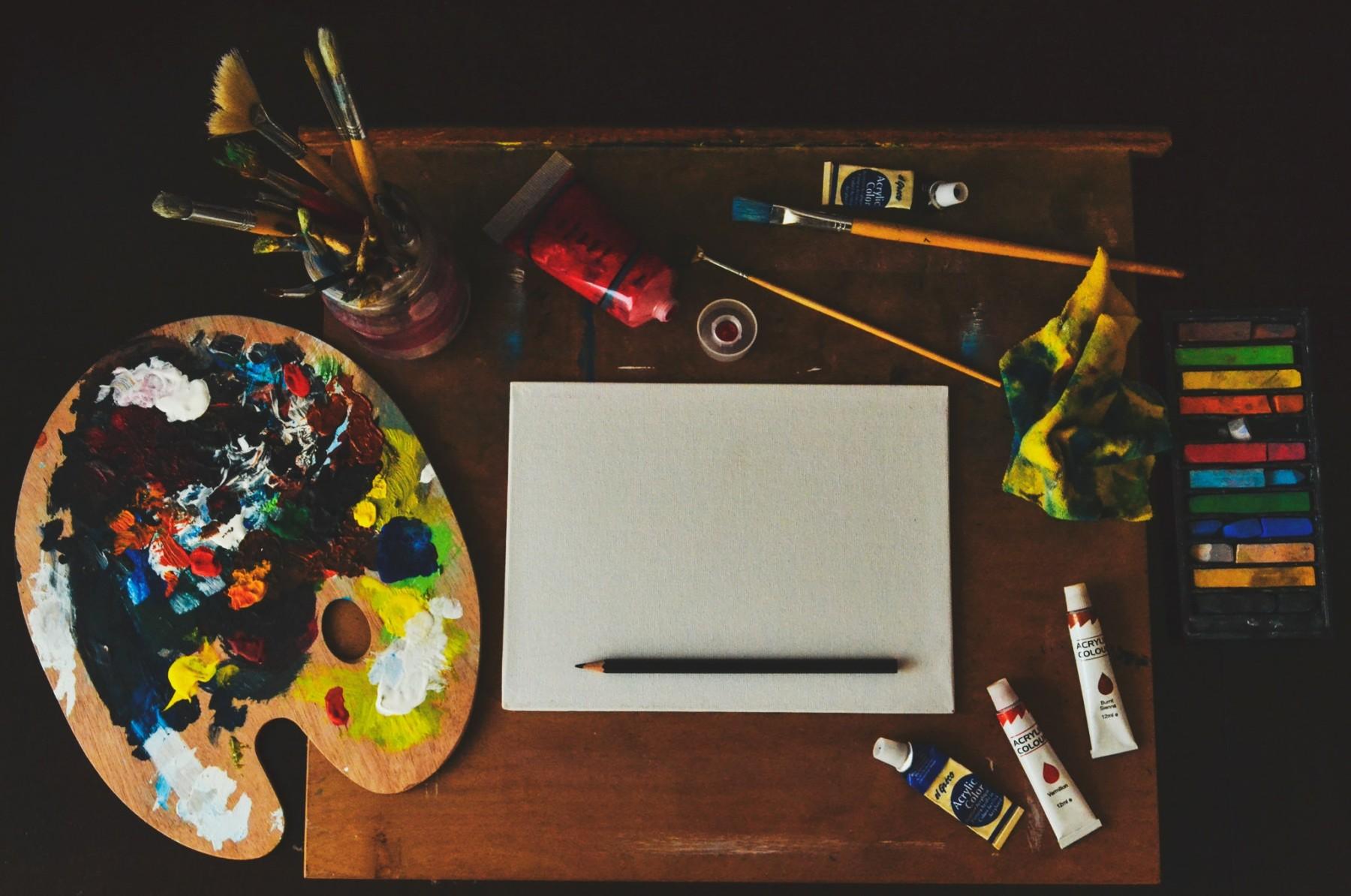 Гениями не рождаются: чем занять творческого ребёнка после школы