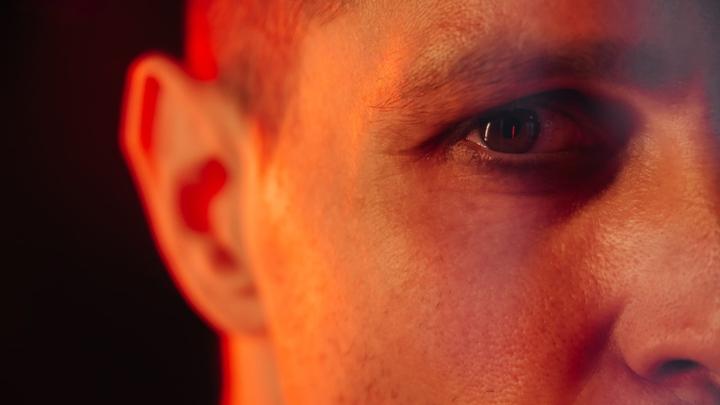 """Новый ведущий """"Битвы экстрасенсов"""" на ТНТ Ларионов – о Рубцовске, мистике и хайпе на шоу"""
