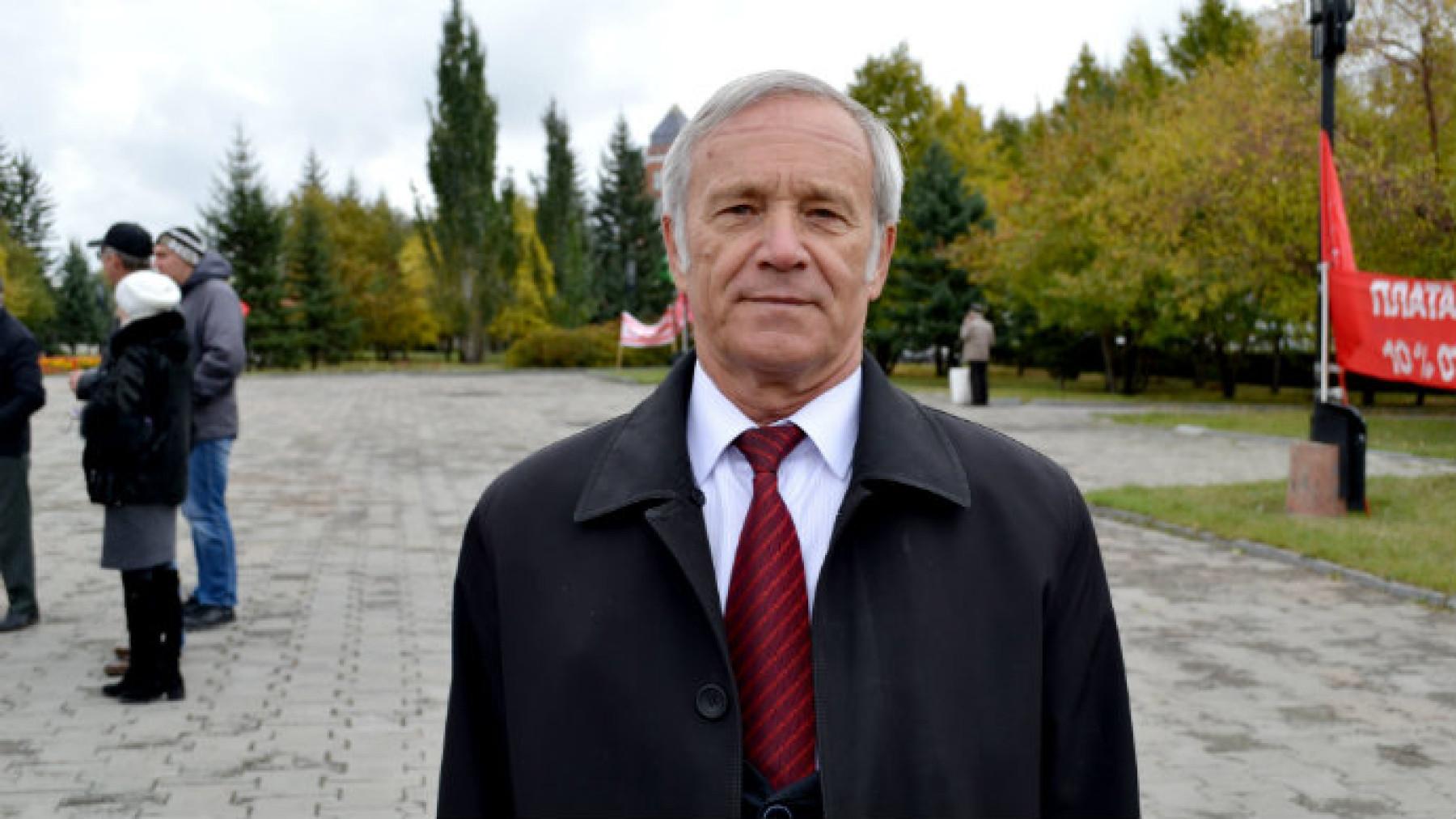 Коммунисты Алтайского края отложили вопрос об отставке Сергея Юрченко?